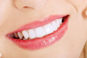 Why So Many People Need Teeth Whitening And How It Works
